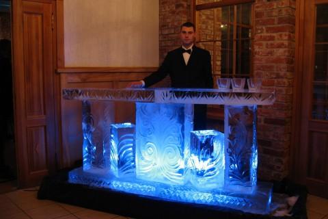 Барные стойки изо льда