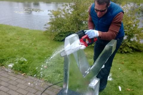 Формирование скульптур изо льда